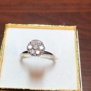 Jewelry - 14k White Gold Diamond cluster ring